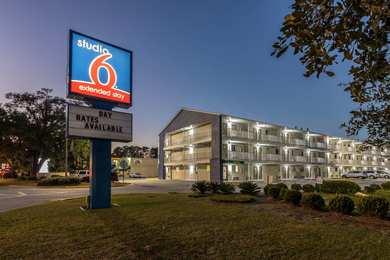 Studio 6 Extended Stay Motel Savannah