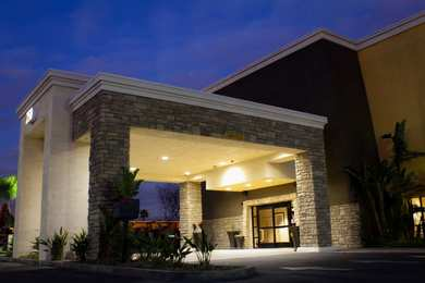 Best Western Plus Arrowhead Hotel Colton