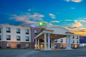 Holiday Inn Express & Suites Concordia
