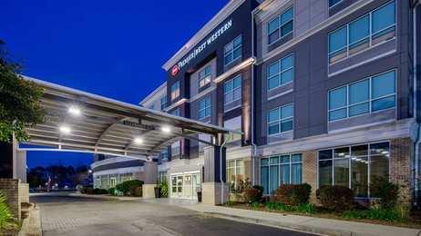Best Western Premier Hotel Savannah Airport Pooler