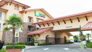Holiday Inn Express Hotel & Suites Turlock