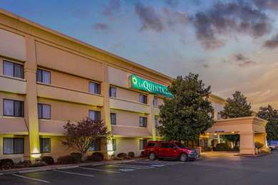 La Quinta Inn Suites North Little Rock