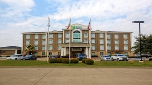 Holiday Inn Express Hotel & Suites I-45 Corsicana