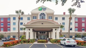 Holiday Inn Express Hotel & Suites North St Petersburg