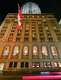 One King West Hotel & Residence Toronto
