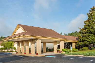 Days Inn Conference Center Southern Pines