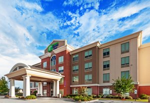 Holiday Inn Express Bert Kouns Shreveport