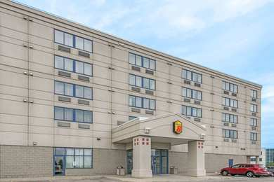 Super 8 Hotel Mississauga