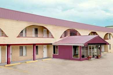 Howard Johnson Inn Downtown Kamloops