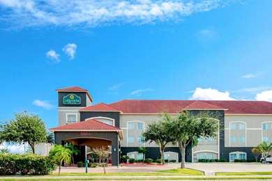 La Quinta Inn Suites Mission