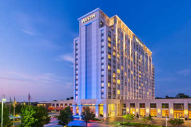 Westin North Shore Hotel Wheeling