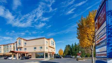 Best Western Plus Battle Ground Inn & Suites