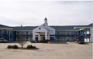 American Inn & Suites White Hall