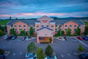 Fairfield Inn Suites By Marriott Burlington