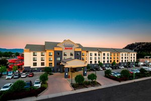 Fairfield Inn & Suites by Marriott East Kelowna