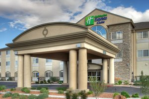 Holiday Inn Express & Suites Carlsbad