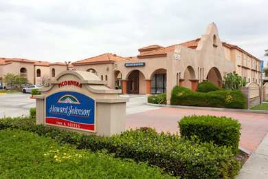 Howard Johnson Inn Suites Pico Rivera
