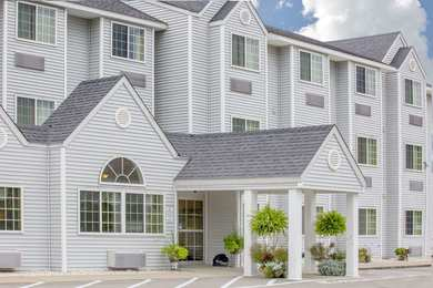 Microtel Inn & Suites by Wyndham Gassaway