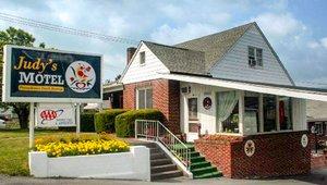 Judy S Motel Bedford