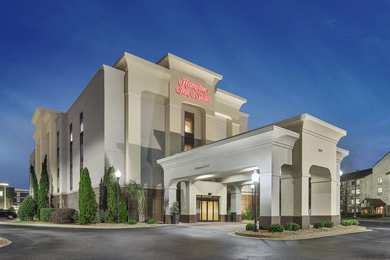 Hampton Inn & Suites I-75 North Macon