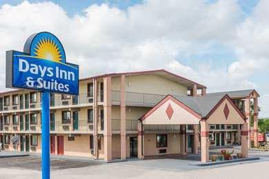 Days Inn Suites Springfield