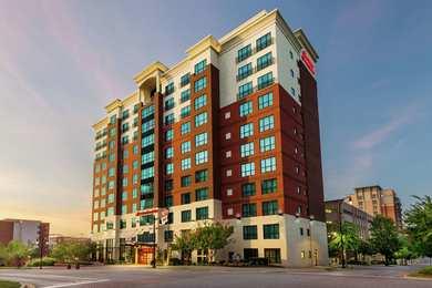Hampton Inn & Suites National Harbor