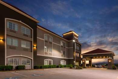 La Quinta Inn Suites Bridgeport