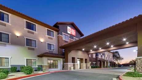 Dog Friendly Hotels Near Phoenix Az