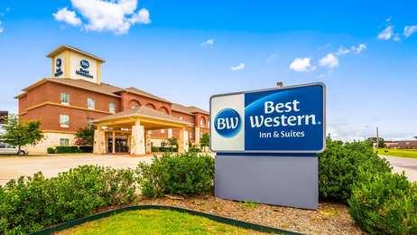 Best Western Red River Inn Suites