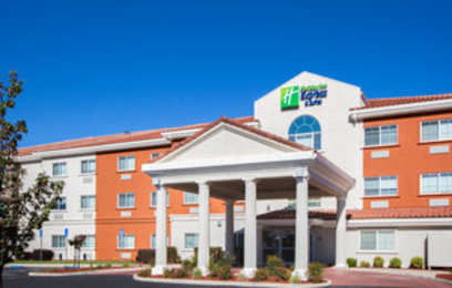 Holiday Inn Express Southwest Oroville
