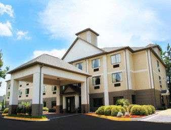 Baymont Inn & Suites Fort Jackson Columbia