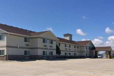 Baymont Inn & Suites Harlan