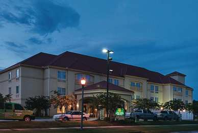 La Quinta Inn Suites Slidell
