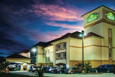 La Quinta Inn U0026 Suites Brandon