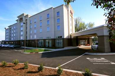 Hampton Inn Suites Charlotte Airport