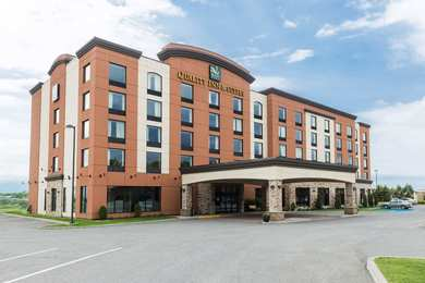 Quality Inn Suites Levis