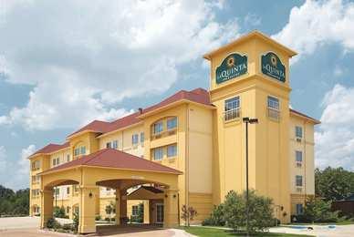 La Quinta Inn Suites Richland Hills