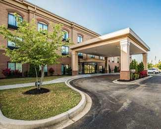 Comfort Suites at WestGate Mall Spartanburg