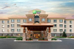 Holiday Inn Express Hotel & Suites Airport Denver