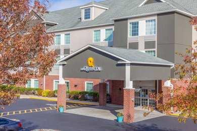 La Quinta Inn & Suites Pawcatuck