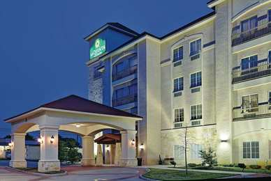 La Quinta Inn Suites Euless