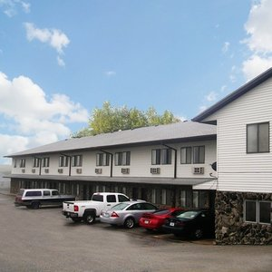 Harlan Inn Suites