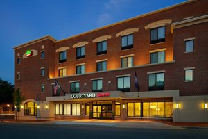 Courtyard By Marriott Hotel Fredericksburg