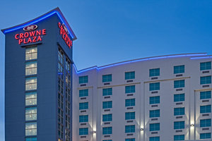Crowne Plaza Hotel Fort Lauderdale Airport Cruise Port