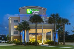 Holiday Inn Express & Suites Fort Pierce