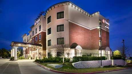 Best Western Premier Crown Chase Inn Suites