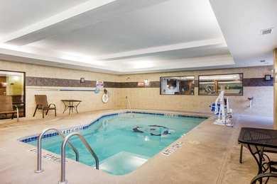Comfort Suites Gateway Brunswick