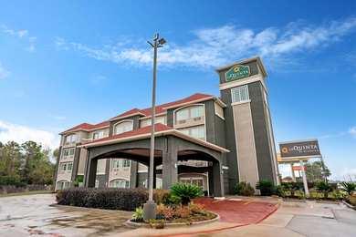 La Quinta Inn & Suites Magnolia