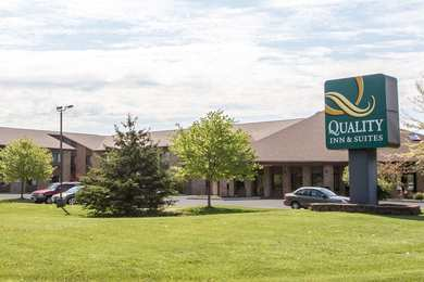 Quality Inn & Suites Sun Prairie