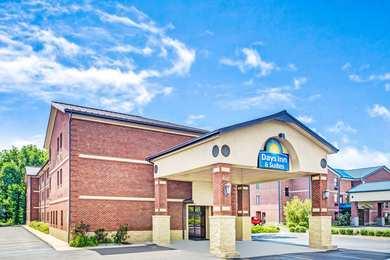 Days Inn & Suites Jeffersonville